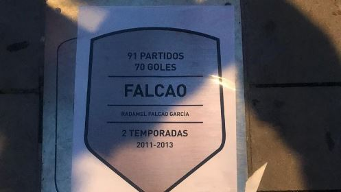 Placa Falcao Atletico