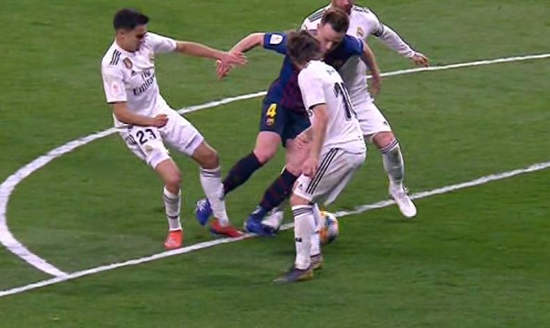 Penalti Ramos Rakitic