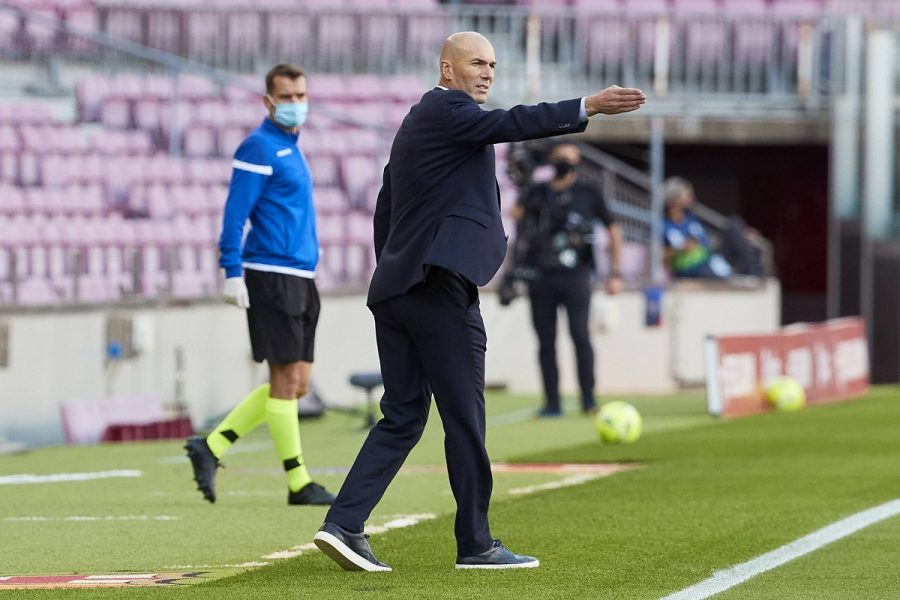 Zidane Barcelona Real Madrid Camp Nou